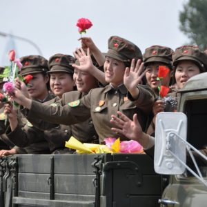 female_soldiers_in_north_korea_military_parade_15452372509